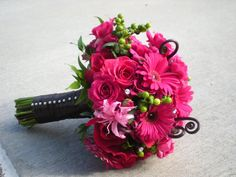 Pink Bridal Bouquets | hot pink wedding bouquet