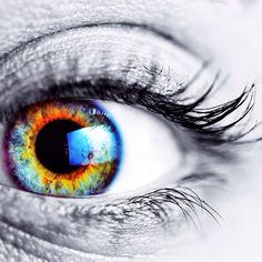 Another gorgeous friend of mine :) I love macro eye shots