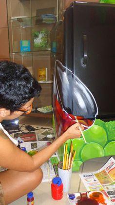 fases da pintura da geladeira