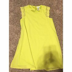 Small Yellow Dress NWOT. Smoke and Pet Free Dresses Midi