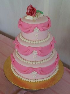 Sleeping Beauty Cake...perfect for a Disney party