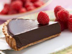 Ai chef de ceva dulce, dar tii dieta? Iti facem o sugestie de tarta de ciocolata absolut inofensiva pentru silueta, dar delicioasa!