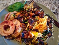 I wish we had smell-o-vision 1 egg over medium #2SP  2 Trader Joes Chicken Maple Breakfast Sausages #2SP  1 Laughing Cow BabyBel Lite #1SP  Portabella mushrooms, spinach, English peas #0SP  1 serving Baked Cinnamon Apples (recipe is on my blog, link is in bio) #1SP  Total = 6 Smart Points #breakfast #Traderjoes #eggs #ifyouhaveanegg #ww #weightwatchers #smartpoints #beyondthescale #wwworks #wwwithkelly #wwsisters #wwsupport #wwsisterhood