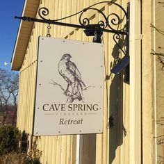 The day retreat in the vineyard at @cavespringcellars retreat cottage on June 25th is SOLD OUT. Stay tuned for upcoming retreats or find my current listings at http://ift.tt/2sm2GLY [link in bio]. Happy weekending!  #Yoga #Hike #Niagara #Vineyard #NiagaraEscarpment #WineTasting #HealthyLunch #HealthyEating #HealthyLiving #Wellness #Retreat #Selfcare #FunThingsToDoInNiagara #WellnessCoach