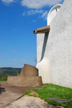 Notre-Dame du Haut, Ronchamp, Le Corbusier, 1950-1954   Flickr - Photo Sharing!