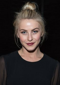 Julianne Hough at the 2013 Cool Earth celebration. http://beautyeditor.ca/2014/11/03/how-to-wear-dark-lipstick