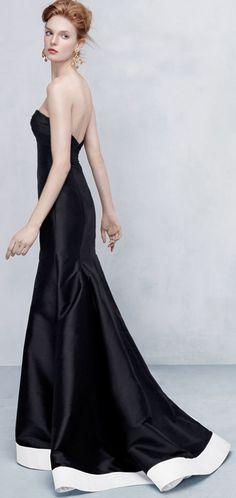 ML Monique Lhuillier Strapless Contrast-Hem High-Low Gown in Black/White.