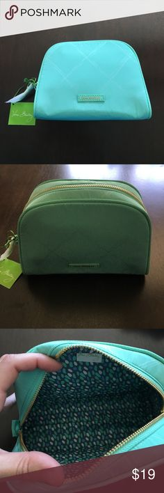 NWT Vera Bradley cosmetic bag NWT Preppy Polly medium cosmetic bag in mint green with faux leather trim Vera Bradley Bags Cosmetic Bags & Cases