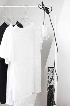 Tausende Produkte im minimalistschen Stil aus deinen Lieblingsshops. Jetzt entdecken: www.sturbock.me