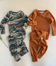 Gender neutral Baby Clothes.Going Home Outfit Newborn Take | Etsy Newborn Baby Hospital, Baby Hospital Outfit, Newborn Baby Gifts, Coming Home Outfit Boy, Going Home Outfit, Take Home Outfit, Newborn Clothes Unisex, Newborn Outfits, Baby Boy Outfits