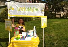 10 Tips for a Successful Lemonade Stand -- advice from an 8 yr old #kids #Summer