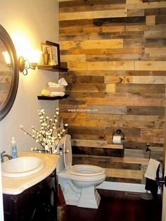 recycled pallets wash room wall art #woodenpalletfurniture