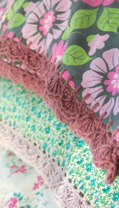 crochet edgings on pillow cases from rose hip - i want these to go with all of my crochet afghans!!
