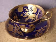 RARE Vintage Hammersley cobalt blue and gold tea por ShoponSherman