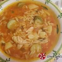 Σούπα κριθαράκι με λαχανικά Thai Red Curry, Recipies, Sweet Home, Cooking Recipes, Vegan, Ethnic Recipes, Soups, Food, Recipes