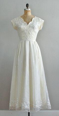 Vintage 1940s  Tea Length Wedding Dress