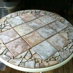 27 ideas glass patio table redo tile mosaics for 2019 - Patio Table - Ideas of Patio Table Mosaic Patio Table, Round Patio Table, Outdoor Table Tops, Mosaic Table Tops, Patio Tables, Patio Furniture Makeover, Diy Outdoor Furniture, Furniture Legs, Mosaic Diy