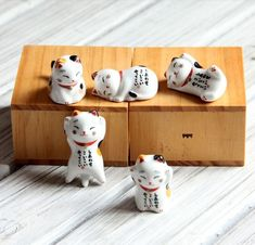 New Cute Chinese Lucky Cat Ceramic Maneki Neko Fortune Cats Money Drawing Mascot Novelty Business Gifts Fengshui Cat