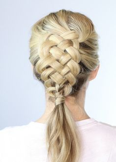 Swooning over this five-strand Dutch braid. I watched the video and this is complicated!! But cool!!