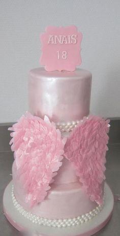 Angel wings cake - Cake by sweetlilylux