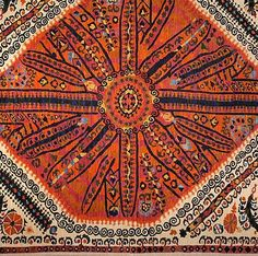 Happy Suzani Rug - Oriental Rugs - Nomad Rugs