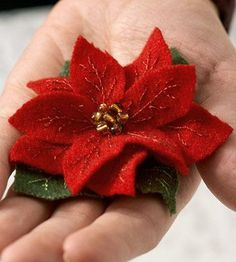 Make a Felted Wool Poinsettia Pin for Christmas (A little late or early)