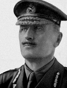 Edmund Henry Hynman Allenby, was een Britse militair. In 1905 werd hij benoemd tot brigadegeneraal en in 1909 tot generaal-majoor hij diende aan het westfront tijdens de eerste wereld oorlog. hij faalden bij de slag van Arras . Allenby werd hierop vervangen als commandant door Julian Byng