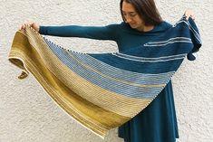Drachenfels by Melanie Berg Knit Cowl, Knitted Poncho, Knitted Shawls, Crochet Shawl, Crochet Yarn, Shawl Patterns, Knitting Patterns, Crochet Hood, Knitting Accessories