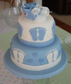10 Fun Baby Shower Cake Themes   View the details at http://www.aagiftsandbaskets.com/wordpress/2014/11/14/theme-baby-shower-cakes/