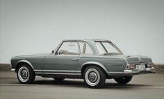 """Mercedes SL """"Pagoda"""""""
