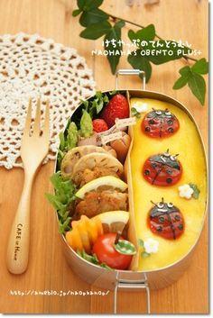 日本人のごはん/お弁当 Japanese food/bento テントウ虫弁当 Ladybird Bento