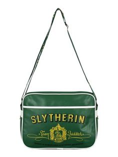 Stay loyal to your Quidditch team with this Slytherin messenger bag! If you are a witch or wizard belonging to the house of Salazar and you're passionate about the magical game then be sure to keep your belongings safe in style with this Hogwarts shoulder bag! Sadly does not fit a broomstick within it, but will definitely carry any and all school books! Official merchandise. Free UK Delivery on orders over £50