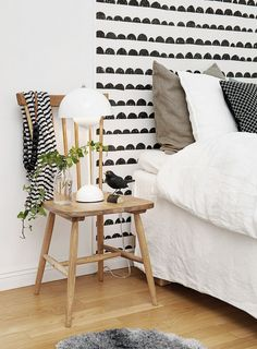 The bed defines the bedroom and the headboard defines the bed. So if you're looking for unusual headboard ideas for your room you've reached the right place Headboard Designs, Headboard Ideas, Bedroom Designs, Bedroom Furniture, Bedroom Decor, Bedroom Ideas, How To Make Headboard, Ideias Diy, Amazing Decor