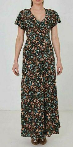 Black Floral V Neck Summer Boho Beach Holiday Maxi Dress UK 6 8 10 Short Sleeves Types Of Sleeves, Short Sleeves, Short Sleeve Dresses, Maxi Dresses Uk, Summer Dresses, Women Sleeve, Off Black, Beach Holiday, Sleeve Styles
