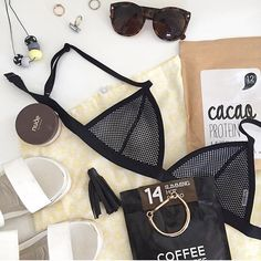 It's all about 'visualisation' @simplyme.yah sorting out her Summer essentials to mentally escape the cold weather! Featuring our SLIMMING HOT CACAO that can conquer sweet cravings and curb the urge to snack! Shop now at www.coffeenotcoffee.com.au