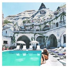 Monday's Escape ! ::: Capadoccia en Turquie ! #goseetheworld #adventureseeker #wanderlust #turkey #capadoccia #bucketlist