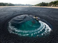 In 2007, high levels of bromate—a carcinogen formed when bromide and chlorine react with sunlight—were found in Los Angeles's Ivanhoe Reservoir. Today three million black plastic balls help deflect UV rays.