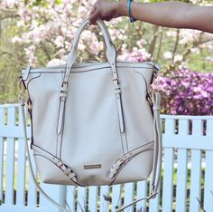 The perfect neutral handbag for Spring- #fabfound @marshalls #fabtravelingbag