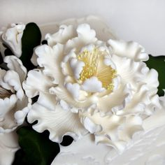 Peony Sugarflower Sprays cake topper perfect for cake decorating fondant cakes.  | CaljavaOnline.com #caljava #sugarflower #peony