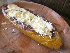 Paseo Catracho: Get Stuffed With a Platano Frito and Pupusas