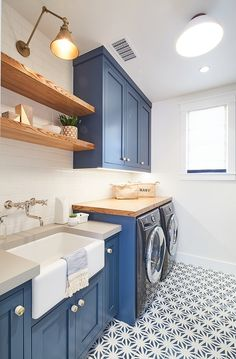 Loving these cobalt blue cabinets in this laundry room remodel. Blue Laundry Rooms, Modern Laundry Rooms, Laundry Decor, Laundry Room Remodel, Laundry Room Cabinets, Farmhouse Laundry Room, Blue Cabinets, Laundry Room Organization, Laundry Room Design