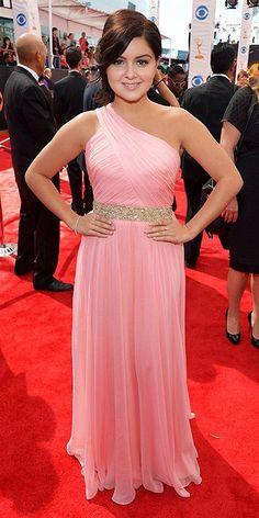 Ariel Winter in Lorena Sarbu Primetime Emmy Awards) Grad Dresses, Nice Dresses, Formal Dresses, Arial Winter, Red Carpet Looks, Celebs, Celebrities, Winter Dresses, Pink Fashion