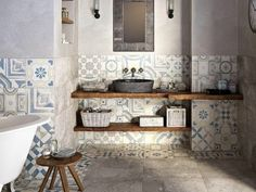 taste in use of tiles on the wall - carrelage mural original par CERAMICHE KEOPE Bad Inspiration, Bathroom Inspiration, Interior Inspiration, Laundry In Bathroom, Master Bathroom, Baños Shabby Chic, Chic Bathrooms, Wall And Floor Tiles, Beautiful Bathrooms