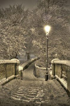Snowy Night, Chester, England