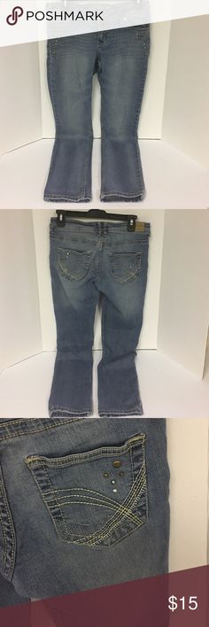 👖US Polo Association Jeans size 5 👖US Polo Association Jeans size 5. Decorated pockets and front. Excellent condition! U.S. Polo Assn. Jeans Skinny