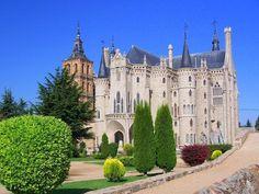 Astorga (Castilla y León) - Episcopal palace / Bischofspalast / Palais épiscopal