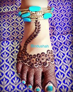 Feet mehndi design b Mehndi Designs Feet, Legs Mehndi Design, Wedding Mehndi Designs, Mehndi Design Pictures, Best Mehndi Designs, Beautiful Henna Designs, Simple Mehndi Designs, Henna Tattoo Designs, Mehndi Images