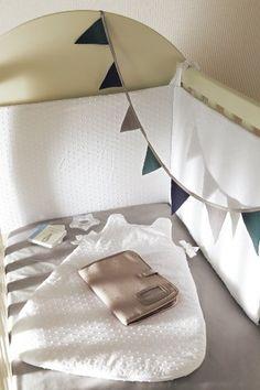 tour de lit bébé cyrillus Tour de lit et gigoteuse oiseaux Liberty sur cyrillus.fr  tour de lit bébé cyrillus