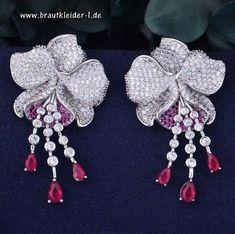 05a011af4ae Luxus Blume Trendy Ohrringe für die Braut - Braut Accessoires  accessoires   für  die  braut  hochzeit  mode  brautmode  schmuck  haarschmuck   kopfschmuck ...