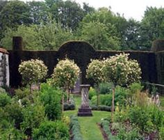 The Herb Garden in Cranborne Manor